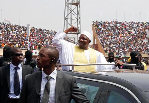مراسم تحلیف رییس جمهور جدید گامبیا در یومی در شهر باگائو
