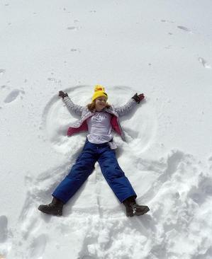 شادمانی از بارش برف در کالیفرنیا آمریکا