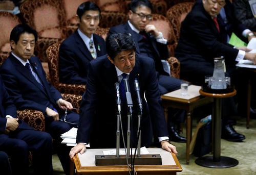 سخنرانی شینزو آبه نخست وزیر ژاپن در جلسه روز دوشنبه سنای این کشور درباره آزمایش موشکی جدید کره شمالی