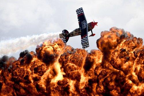 نمایش هوایی روی دیوار آتش – ملبورن استرالیا