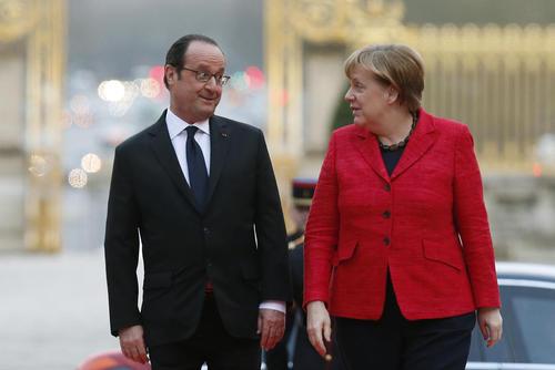 صحبت های مرکل و اولاند در نشست سران 4 کشور اروپایی در فرانسه