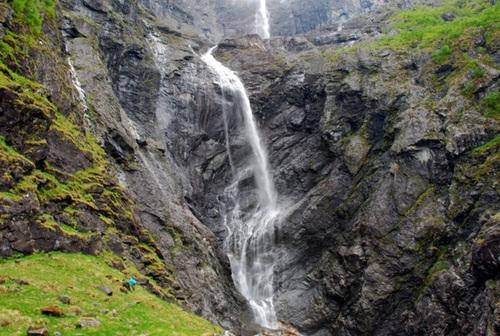 آبشار Mardalsfossen در نروژ