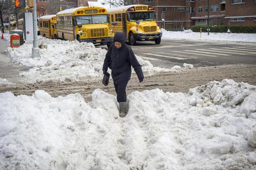 بارش برف در واپسین روزهای زمستان – نیویورک