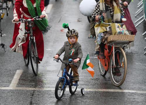 جشن سن پاتریک در خیابان های دوبلین