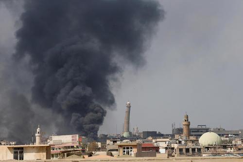 ادامه عملیات نظامی ارتش عراق برای بازپس گیری مناطق غربی شهر موصل از داعش