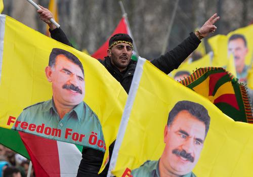 برگزاری تظاهرات و گردهمایی کردهای مقیم آلمان علیه حزب حاکم ترکیه در شهر فرانکفورت آلمان همزمان با جشن نوروز