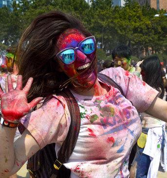 جشنواره بهاره هندی