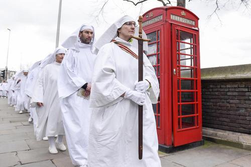 جشن فرارسیدن بهار در بیرون محوطه برج لندن
