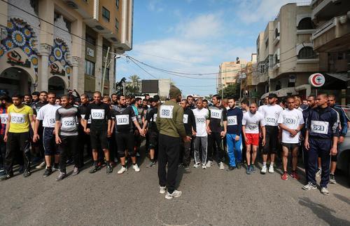 مسابقه ماراتون 150 نفره در غزه در همبستگی با زندانیان فلسطینی در بند زندان های اسراییل