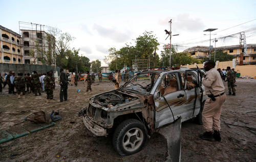 انفجار تروریستی در مقابل ساختمان تئاتر اصلی شهر موگادیشو سومالی