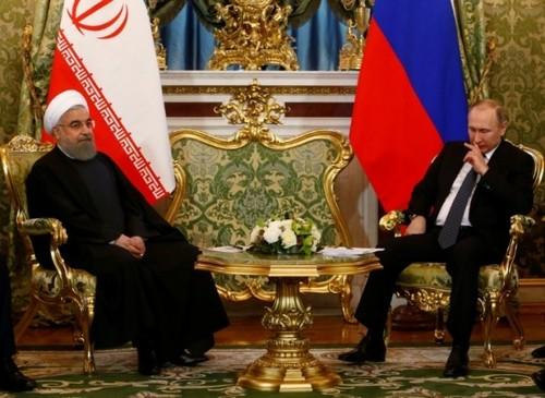 سفر حسن روحانی رئیس جمهور ایران به مسکو و دیدار با همتای روس خود در کاخ کرملین