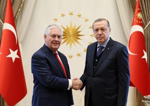 سفر رکس تیلرسون وزیر خارجه آمریکا به آنکارا و دیدار با رجب طیب اردوغان رئیس جمهوری ترکیه