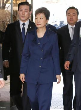 حضور رییس جمهور معزول کره جنوبی در جلسه دادگاه – سئول