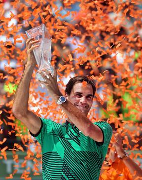 پیرزی راجر فدرر در مسابقات تنیس اوپن میامی فلوریدا