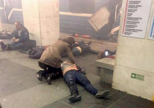انفجار تروریستی در مترو شهر سن پترز بورگ روسیه . در این حادثه دستکم 14 نفر کشته و 50 نفر زخمی شدند