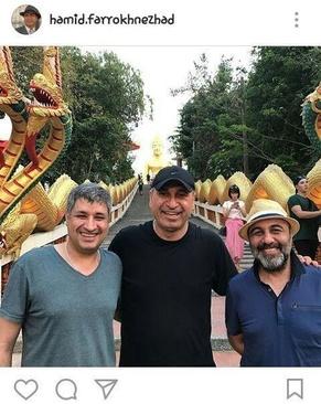 فرخ نژاد همچنین حدودا سه هفته پیش از آن (ششم مارس) عکسی سه نفره از خود، رضا عطاران و عبدالرضا کاهانی با کپشن «فیلم جدید عبدالرضا کاهانی، تایلند» منتشر کرده بود.