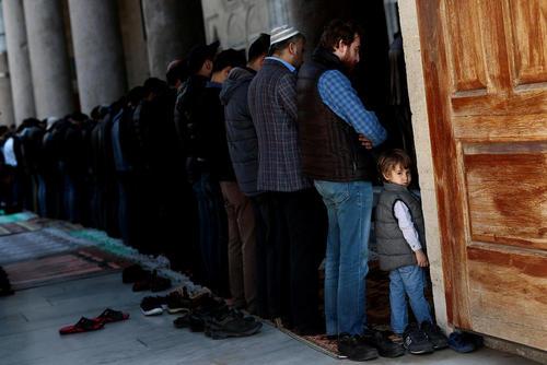 نماز جمعه در مساجد