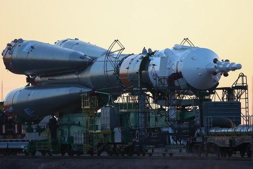 حمل راکت فضاپیمای
