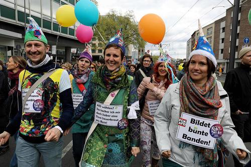 تظاهرات بر ضد حزب راستگرای