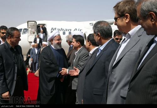 ورود روحانی به کرمان (عکس)