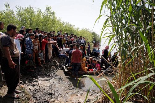 گریز با قایق از شهر موصل عراق