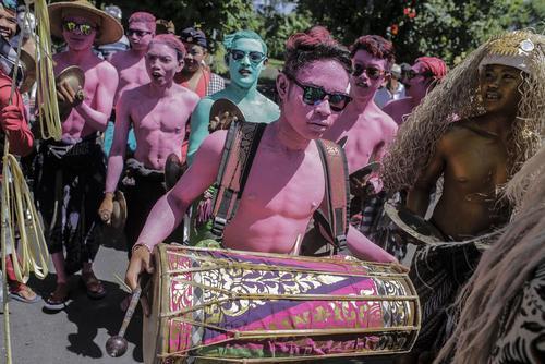 جشنواره سنتی موسیقی در بالی اندونزی