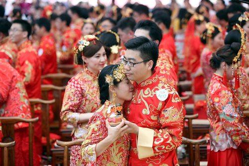 یک ازدواج دسته جمعی در چین