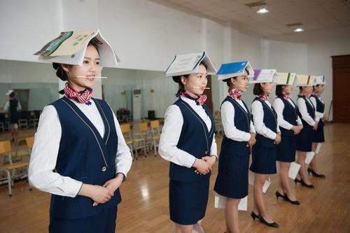 تمرین مهمانداری هواپیما – چین
