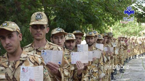 صف رای سربازان در عجب شیر