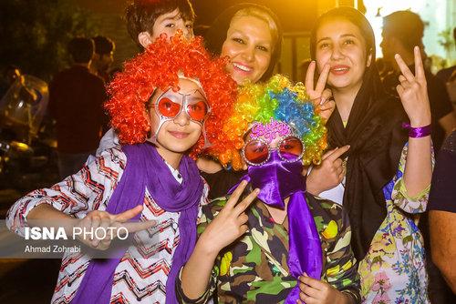 جشن و شادی مردم قم برای پیروزی روحانی