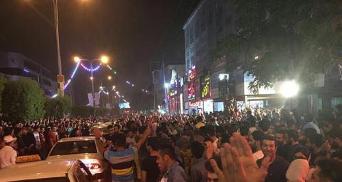 شادی هواداران روحانی در اهواز/عصرایران