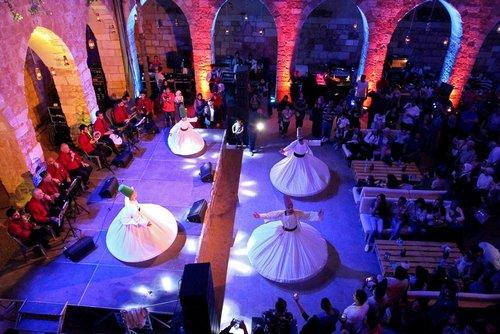 رقص درویشان در جشن های رمضانی در طرابلس لبنان