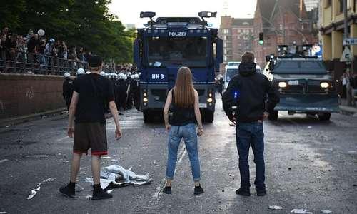 اعتراضات دیروز و دیشب به نشست گروه بیست در هامبورگ آلمان