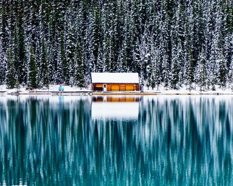 عکس روز نشنال جئوگرافی: دریاچه لوییز در آلبرتای کانادا در ماه اکتبر
