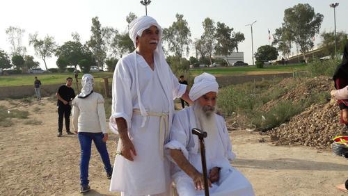 حضور سالم چحیلی بزرگترین مرجع علمی دین مندائیت در ایران در مراسم تعمید سال نو صابئین مندایی در اهواز / همشهری خوزستان