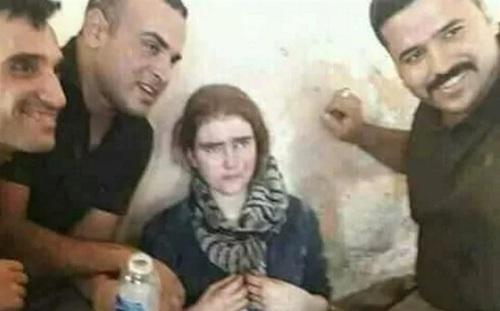 سلفی گرفتن سربازان عراقی با لیندا