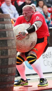 مسابقات قوی ترین مردان جهان در بلفاست ایرلند