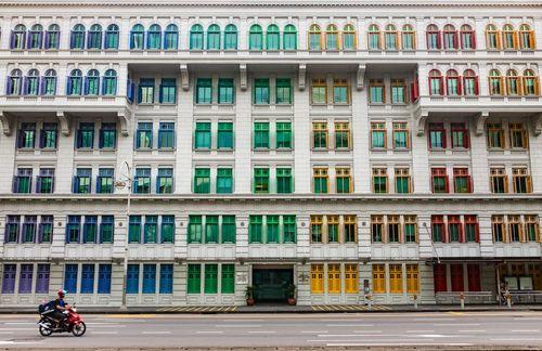 پنجره رنگی ساختمانها در سنگاپور