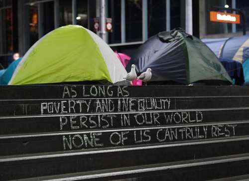 چادرهای اسکان بیخانمانها در قلب شهر سیدنی استرالیا