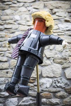 ساخت مجسمه ترامپ از گلدان در جشنواره سالانه گلدان در یورکشایر بریتانیا