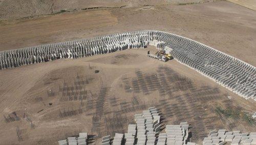 آغاز عملیات نصب بلوک های سیمانی در مرز ترکیه با ایران