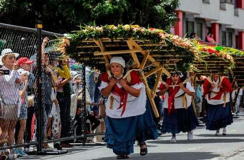 جشنواره سالانه گل در مدلین کلمبیا