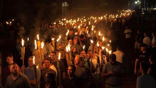 تظاهرات حامیان برتری نژاد سفید در شهر شارلوتزویل ایالت ویرجینیا آمریکا