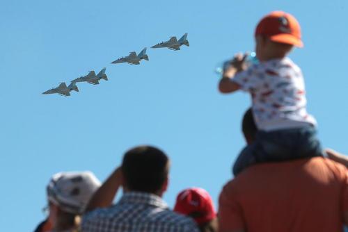 نمایش هوایی به مناسبت صدوپنجمین سالگرد تاسیس نیروی هوایی ارتش روسیه – مسکو