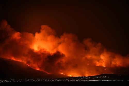 آتش سوزی گسترده در جنگل – یونان