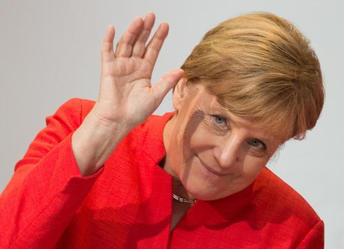 آنگلا مرکل صدر اعظم آلمان در یک گردهمایی حزب حاکم اتحادیه دموکرات مسیحی آلمان در شهر