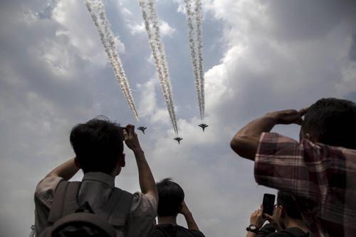 نمایش هوایی به مناسبت هفتادودومین سالگرد استقلال اندونزی- جاکارتا
