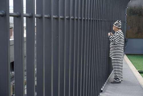 یک هتل طراحی شده به شکل زندان در بانکوک تایلند