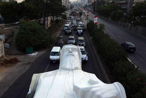 انتقال مجسمه 40 تنی