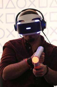 نمایشگاه سالانه بازی های رایانه ای در کلن آلمان